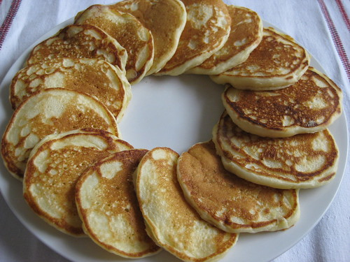 Easy buttermilk pancake recipe homemade pancakes buttermilk pancakes ccuart Gallery