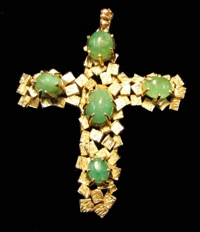 Golden Faith 14k Gold and Jade Vintage Cross Pendant gd2