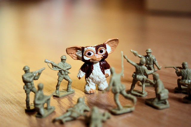 Gizmo Vs. The Army