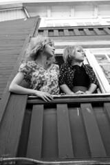 (Javertime) Tags: window fashion lindsay gillian oldbuilding canoneosrebelxs javertime