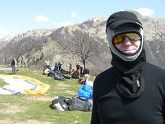 CIMG2485 (philflieger) Tags: slowenien tolmin gleitschirm startplatz svn flieger parawaiting sturmhaube windbrille fluggebiet kobala volkerheginger