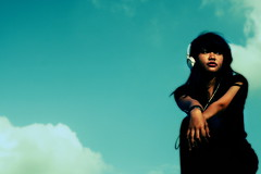 (Luqman Marzuki) Tags: sky girl canon indonesia asian eos 50mm headphone 400d mantosz