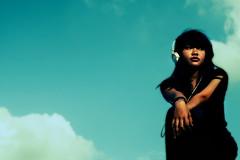 (Luqman Marzuki) Tags: sky girl canon indonesia asian eos 50mm headphone 400d mantosz