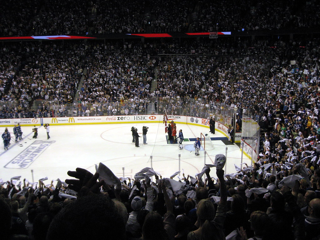 Game 5 Hockey Playoffs Canucks Chicago loss 05102009 18