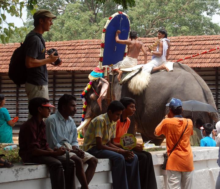 thrissur pooram - Inside Vadakkunnathan temple