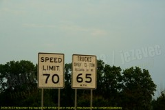 going down Interstate 65 - Indiana (Badger 23 / jezevec) Tags: road sign highway indiana interstate sein 2009 signe 65 zeichen signo znak enklas tegn   merkki mrk     lindiana    badger23  20090523