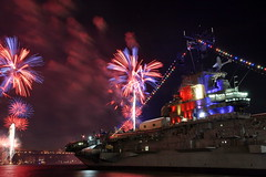 USS INTREPID RED WHITE AND BLUE (kevinh_photos) Tags: nyc usa newyork america fireworks macys hudsonriver july4th 2009 redwhiteblue kevinhphotos