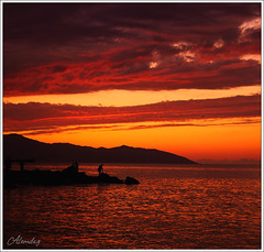 red clouds ( alemdag ) Tags: sky seascape night turkey dark stars star nikon nightscape trkiye turkiye siluet mehmet trabzon gkyz gnbatm sar d300 sanat fotoraf krmz renkler alemda alemdag karanlk turuncu tutku 18105mm nikond300 mehmetalemda alemdagqualityonlyclub