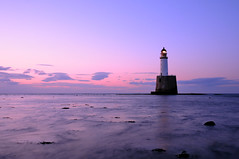 Rattray Head Lighthouse in the gloaming (iancowe) Tags: sunset lighthouse beach evening scotland head tide low scottish stfergus gloaming peterhead northernlighthouseboard rattrayhead rattray nlb