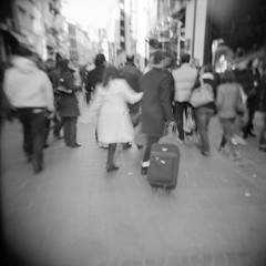 Rue de Bthune, Lille (Agacha) Tags: bw white black france holga noiretblanc scanner type lille nordpasdecalais ilford fp4 argentique lieux epson4490 photosderue homeprocess agacha