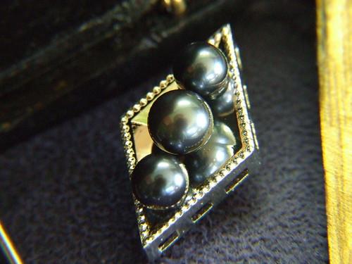 Man's Pearl Cuff Links