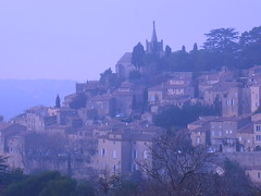 Approaching Bonnieux, Provence (IndiaJ) Tags: france south famous provence southoffrance bonnieux villageperch lubron petermayle provencalvillage perchedvillage villagetypiquedusud