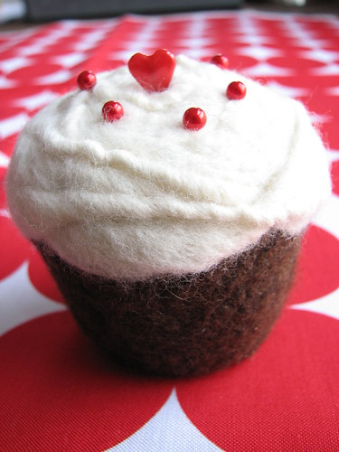 Felted Cupcake Pincushion