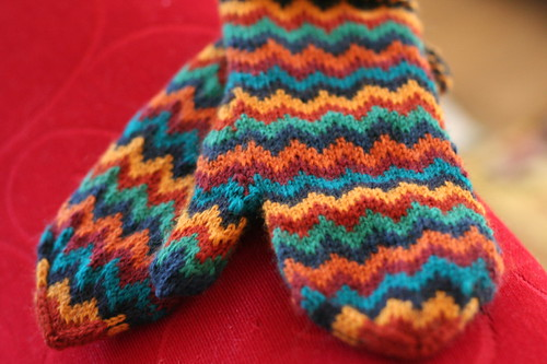 Chevron Love Mittens by Julia Vesper