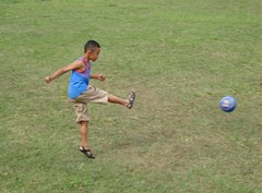 Chute ao Gol (ALBERTO NOVAES KEHDI) Tags: jogo futebol lazer recreaao albertonovaes