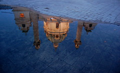 [フリー画像] [人工風景] [建造物/建築物] [城/宮殿] [水たまり]       [フリー素材]