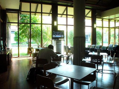 03.暹粒機場候機室的咖啡廳