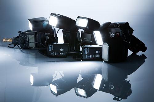 Canon Speedlite - Nikon Speedlight 3-3