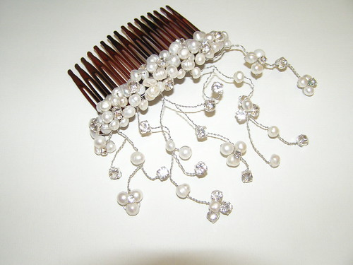 bridal accessories_silver earrings_wedding accessories_necklaces_bridal hair accessories_bridal comb_bridal bracelet_bridal jewelry