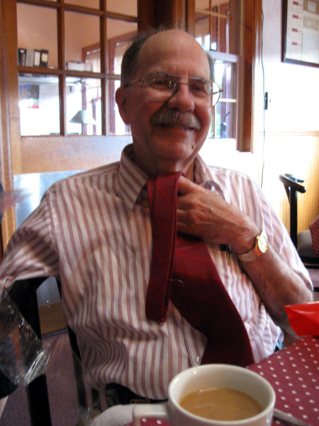 Dad with New Tie (Click to enlarge)