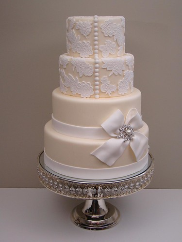 Asian Fusion Weddings Lace Wedding Cakes Too Pretty To Eat