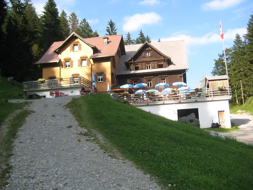 Gasthaus Plattenbödeli