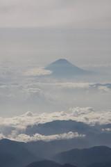 雲海の向こうに Mt.Fuji