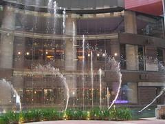 Wasserspiele in der Mall