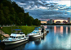 ~ Ottawa River / Rideau Canal ~ (ViaMoi) Tags: city longexposure blue sunset summer sky ontario canada color colour reflection nature colors beautiful clouds digital canon reflections river landscape photography photo long exposure artist colours photographer vibrant ottawa capital newmedia creative parliament canadian reflect national adobe 2008 parliamenthill rideau naturalist naturesfinest blueribbonwinner imagist supershot ottawacanada flickrsbest golddragon 40d mywinners abigfave platinumphoto anawesomeshot colorphotoaward aplusphoto flickraward diamondclassphotographer flickrdiamond citrit theunforgettablepictures canon40d colourartaward betterthangood theperfectphotographer viamoi onephotoweeklycontest goldstaraward worldwidelandscapes photographybyviamoi damniwishidtakenthat flickrlovers 100commentgroup saariysqualitypictures