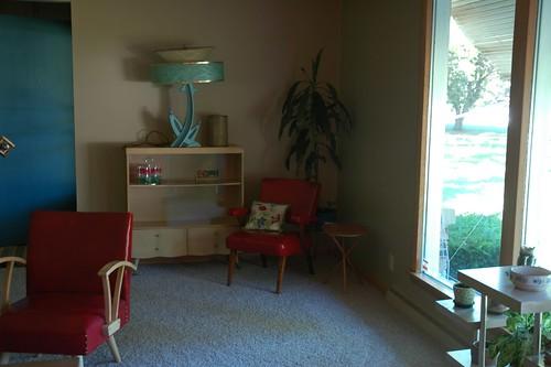 Front Room - Aqua Lamp, Shelf, Chair & More!