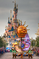 DLP Feb 2009 - Disney's Once Upon a Dream Parade