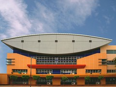 Davao Christian High School (SweetCaroline) Tags: school sky building architecture clouds perspective davao sweetcaroline chineseschool 60earthhour olympuse520 davaochristianhighschool