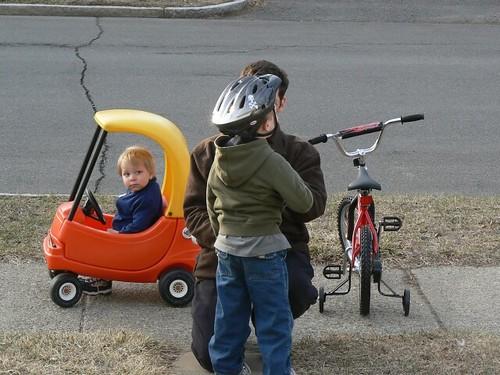 Helmet getting secured