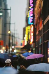 hats, not umbrellas....... (~RichArtpix~) Tags: nyc newyorkcity urban cosmopolitan manhattan