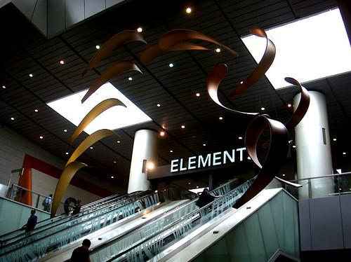 jimwang0813 拍攝的 九龍ELEMENT商城。