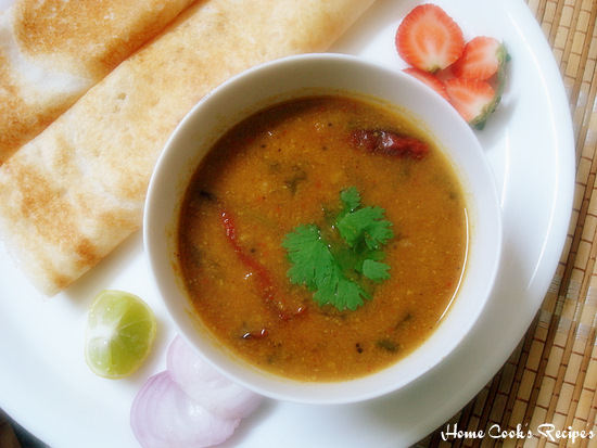 Araichivitta Sambhar for Idli, Dosa and Vadai