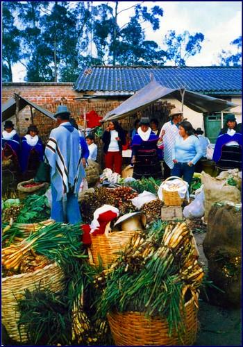 Mercado de  los indigenas guambianos  de Silvia Cauca Colombia