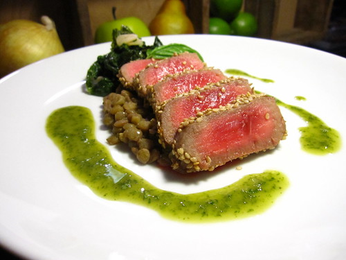tuna steak with puy lentils and basil oil