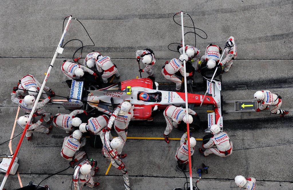 Denso, spark plugs and Formula 1