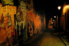 Graffiti (erikomoket) Tags: light paris france night nikon noir explore 300 d200 nuit butteauxcailles    75013   graffiti favorites10 abigfave seeninexplore anawesomeshot  crystalaward inandoutofexplore erikomoket dragongoldawarld 13 favorites10ext