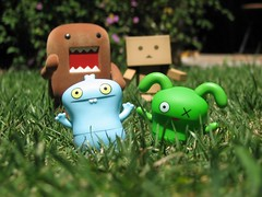 Run faster Ox, I think there's a monster behind us! (willycoolpics.) Tags: toys action ox domo chase figures picnik babo danbo danboard