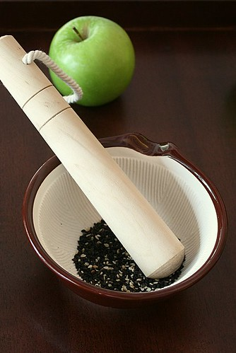 "Mortar and pestle for the Japanese-inspired ""bloss"" ceremony"