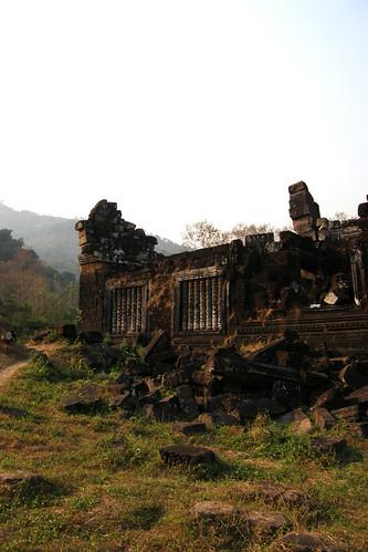 59.南邊的Worship Pavilions毀壞的更嚴重