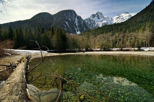 Viewpoint Beach, Golden Ears Park