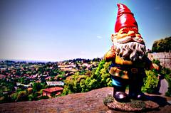Benjamin David travelling_4 (Lost in a Secret Garden) Tags: travelling town high gnome italia dwarf amelie alta bergamo città poulain