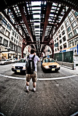 Braving the traffic (Flipped Out) Tags: chicago cta loop el nikkor greenline dragan lightroom orangeline swabashave 105mmf28gfisheye photographingthephotographer photographerinaction photographeratwork nikond200 pinkline chiflickr052309