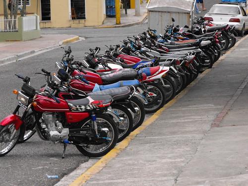 Cuando los motoconchos se reunen