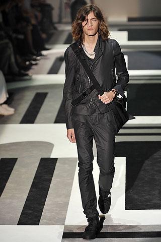 Marcel Castenmiller313_SS10_Milan_GUCCI(Men Style)