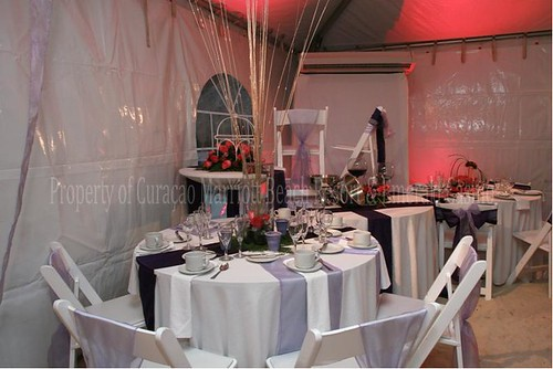 BEACH TENT RECEPTION DECOR