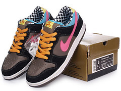 new product 120bf bcee9 Nike Dunks Low Pro SB 720 Degrees Dark Charcoal Bright Pink Nike Dunks Low  Pro SB